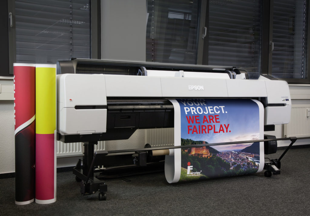 Epson SureColor SC-P20000 bei Fairplay Service (ohne Person)